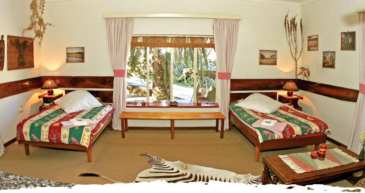 Jagen in Namibia auf der Gästefarm Okosongoro Namibia - Unterkunft Zimmer
